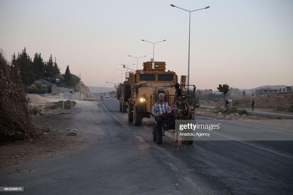 Turkish armoured vehicles deployed in Reyhanli : News Photo