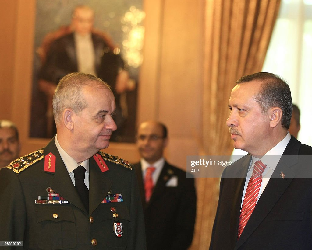 Turkish Chief of Staff General Ilker Bas : Nieuwsfoto's