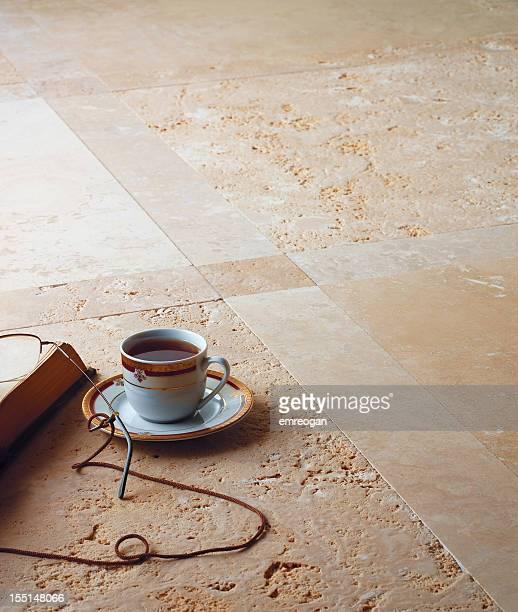 Café turc et réservez sur la salle de bains en marbre