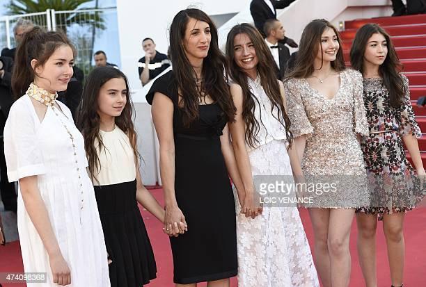 Turkish director Deniz Gamze Erguven poses with Turkish actresses Tugba Sunguroglu Gunes Sensoy Elit Iscan Ilayda Akdogan and Doga Zeynep Doguslu as...