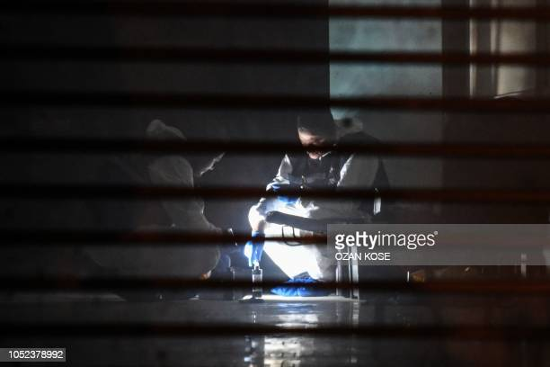TOPSHOT Turkish forensic search for evidence at the garage of Saudi Arabia's Consul General Mohammad alOtaibi on October 17 2018 in Istanbul Saudi...
