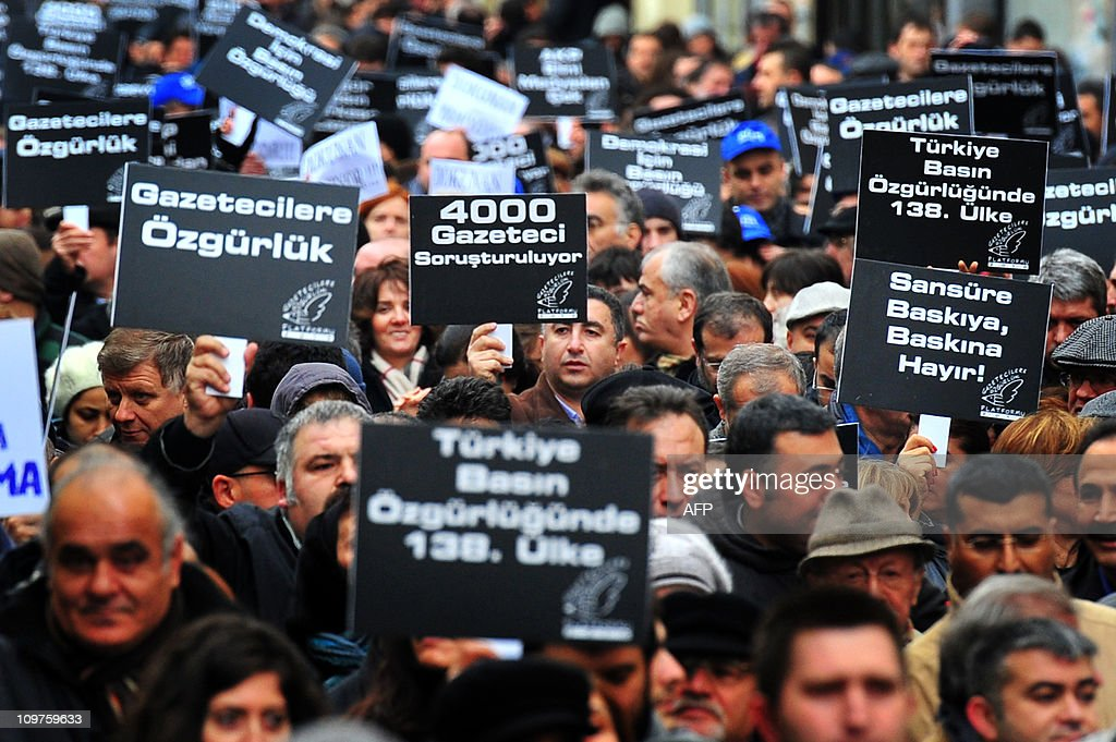 Turkish journalists hold placards agains : News Photo