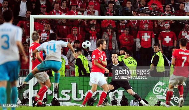 Turkish midfielder Arda Turan scores during the Euro 2008 Championships Group A football match Switzerland vs Turkey on June 11 2008 at JakobPark...