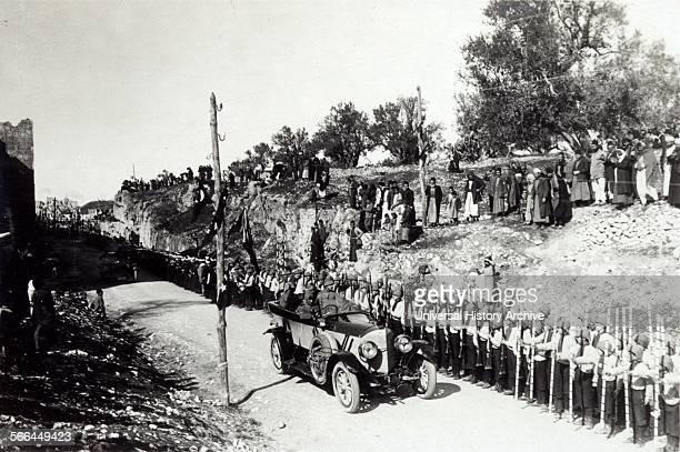 Turkish military commander reviews troops in Palestine 1916