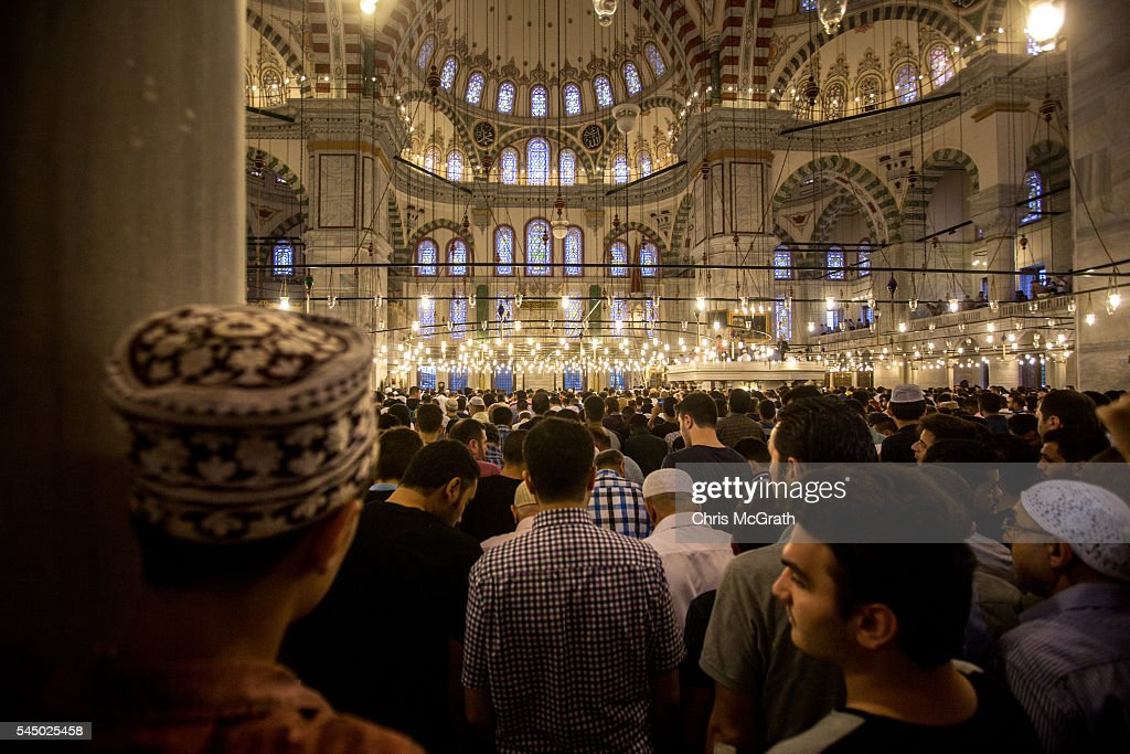 Beautiful Turkey 2016 Eid Al-Fitr 2018 - turkish-muslims-prepare-to-take-part-in-eid-al-fitr-prayers-as-they-picture-id545025458  Best Photo Reference_769684 .com/photos/turkish-muslims-prepare-to-take-part-in-eid-al-fitr-prayers-as-they-picture-id545025458