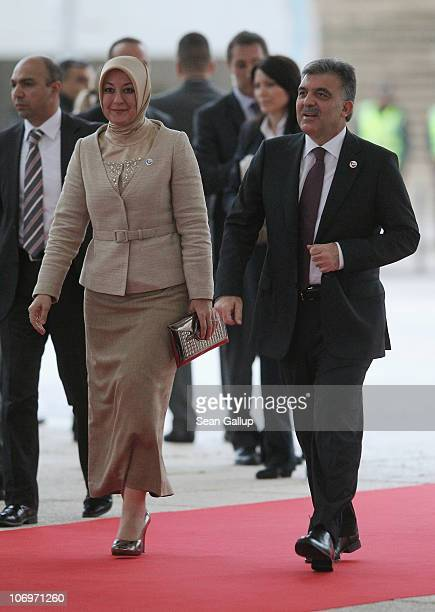 Turkish President Abdullah Gul and his wife Hayrunnisa Gul arrive on the first day of the NATO Summit at Feira Internacional de Lisboa on November 19...