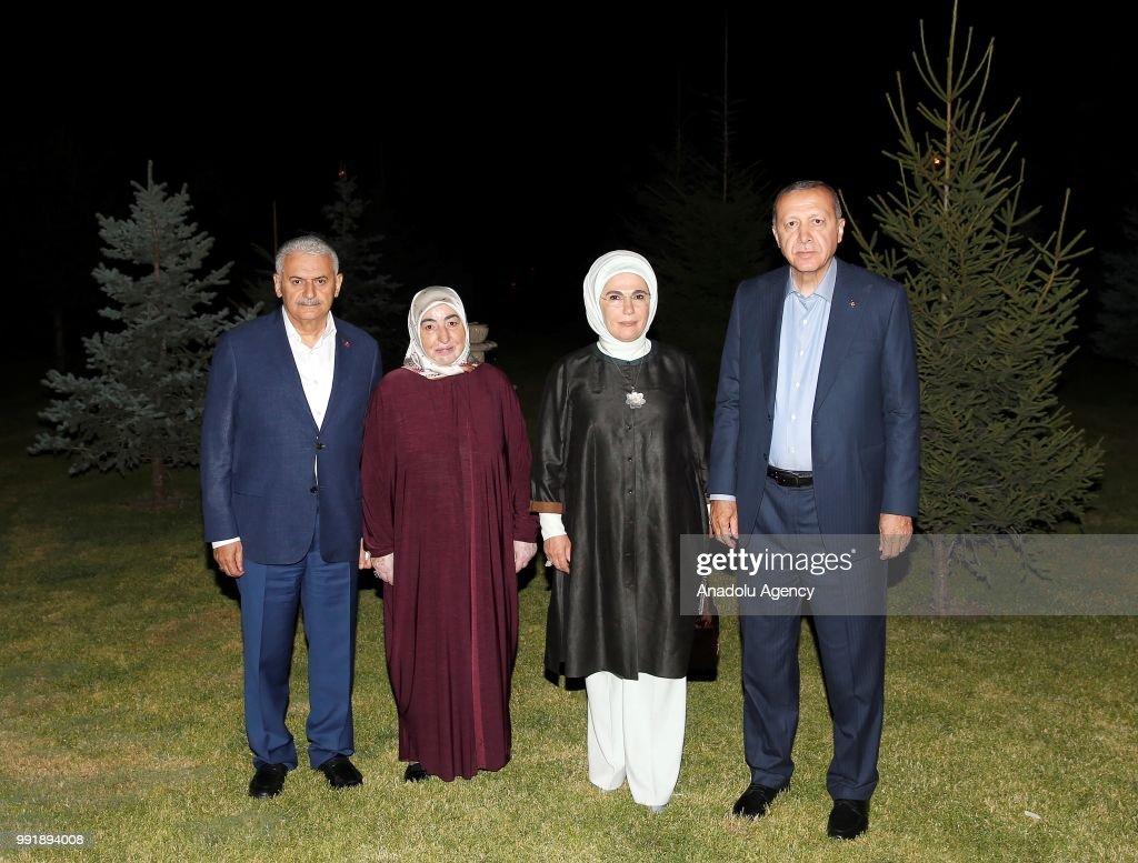 Turkish President Recep Tayyip Erdogan ... : News Photo