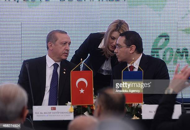 Turkish President Recep Tayyip Erdogan and Romanian Prime Minister Victor Ponta attend the TurkeyRomania business forum at Romania chamber of...