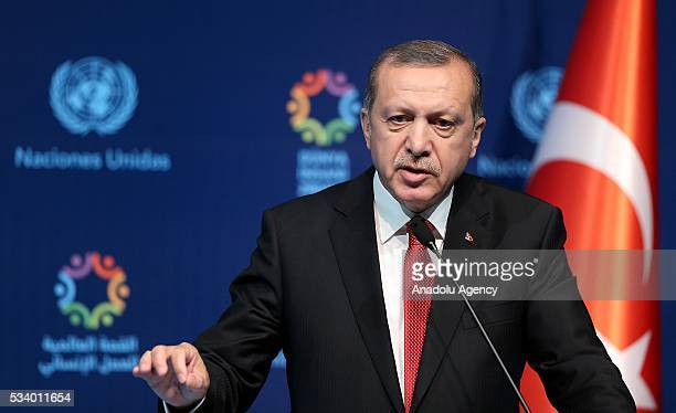 Turkish President Recep Tayyip Erdogan and United Nations Secretary General Ban Kimoon hold a joint press conference on the second day of World...