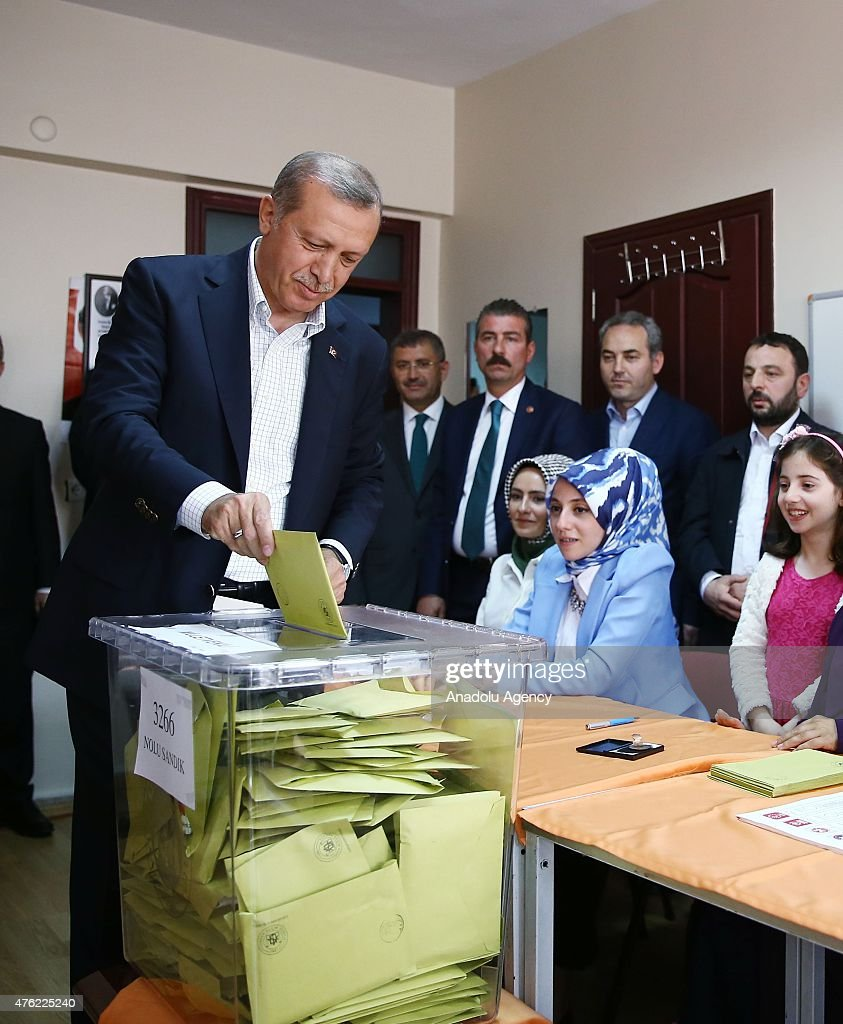 Turkish President Recep Tayyip Erdogan casts his ballot in the Turkey's general election at a polling station in Istanbul, Turkey on June 07, 2015. More than 53.7 million Turkish citizens are eligible to vote in a poll to elect 550 deputies to the Grand National Assembly.