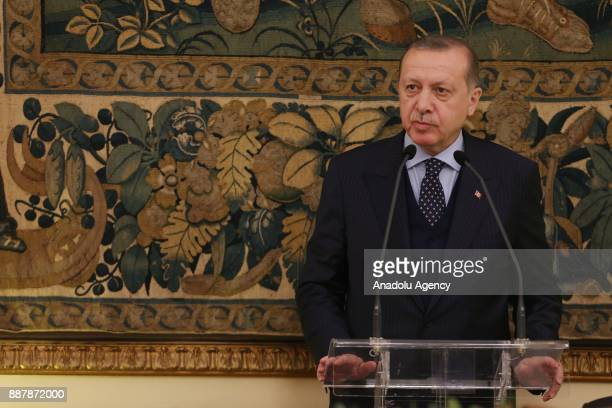 Turkish President Recep Tayyip Erdogan delivers a speech during the official dinner given by Greek President Prokopis Pavlopoulos and his wife Vlasia...
