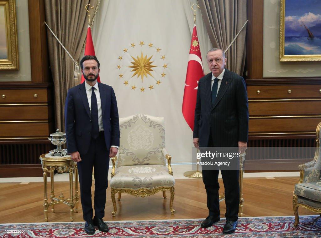 Turkish President Recep Tayyip Erdogan... : Nachrichtenfoto
