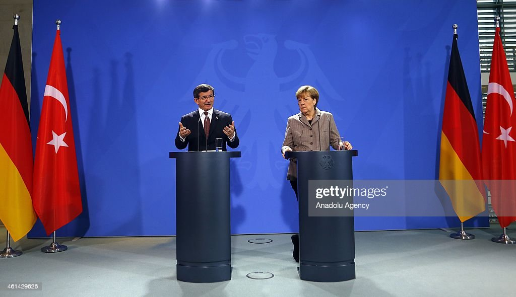 Turkish PM Davutoglu and German Chancellor Merkel's press conference in Berlin : News Photo