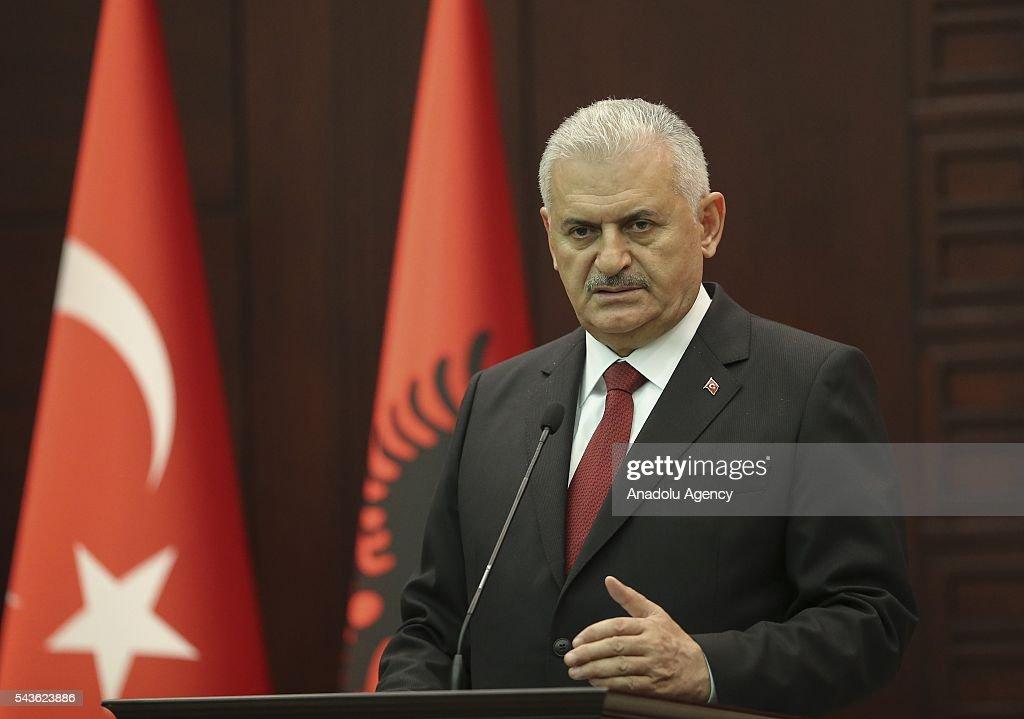 Albanian PM Rama in Turkey : News Photo