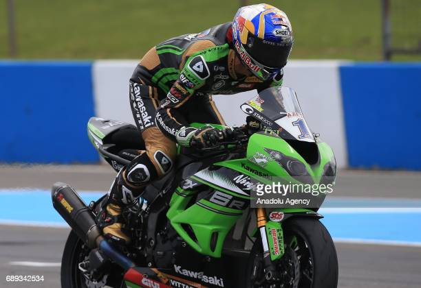 Turkish rider Kenan Sofuoglu gets out of his saddle as he wins the 2017 World Superbike Championships at Donington Park race track Donington district...