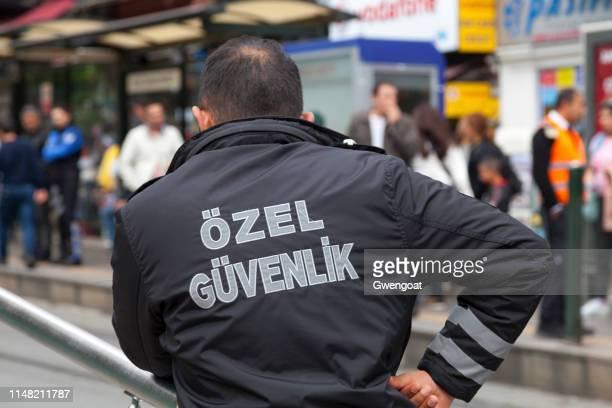 turkse veiligheidsagent - gwengoat stockfoto's en -beelden