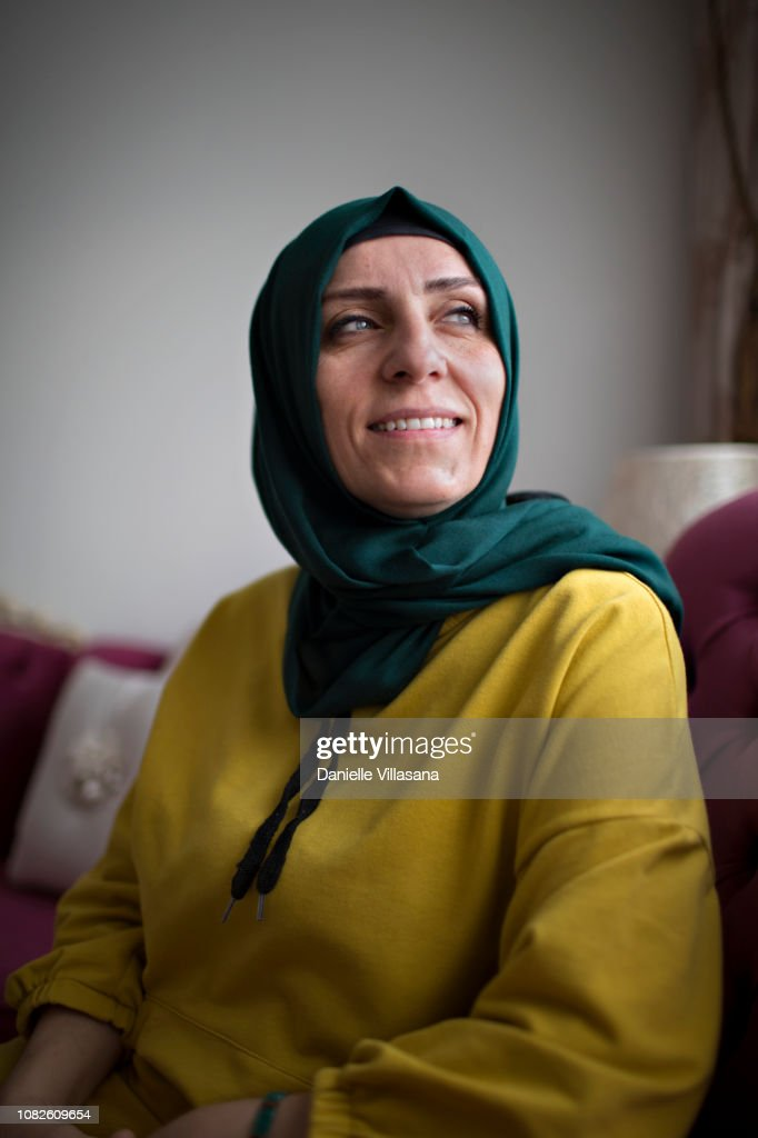 Turkish woman poses for a portrait : Stock-Foto