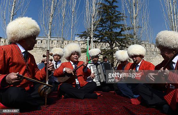 Turkmen traditional singers perform at the official Nawroz festivities at the Presidential Palace in Kabul on March 27 2014 Nawroz the Persian New...