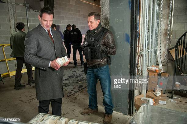 D 'Turn The Light Off' Episode 111 Pictured Ian Bohen as Edwin Stillwell Jason Beghe as Hank Voight