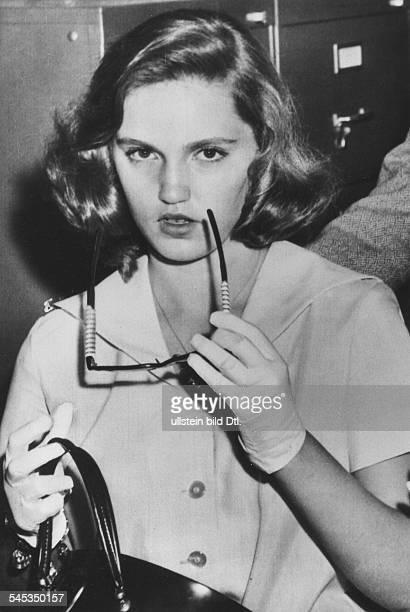 Turner Lana * Schauspielerin USA Tochter Cheryl 1958