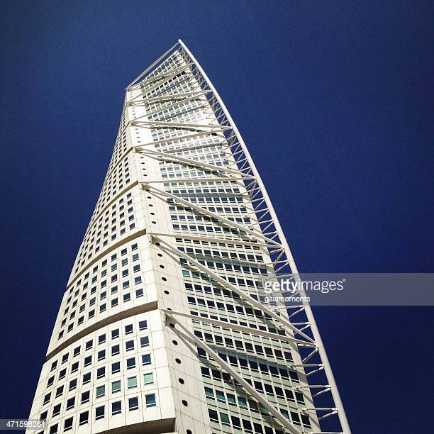 turning torso landmark skyscraper - malmo stock pictures, royalty-free photos & images