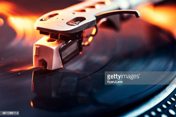 turntable needle on vinyl closeup - deck stock pictures, royalty-free photos & images