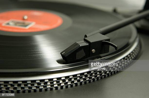 Turntable stylus and record