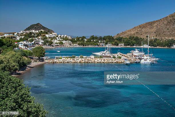 turqoise crystal waters of akyarlar in bodrum - mugla province stock pictures, royalty-free photos & images
