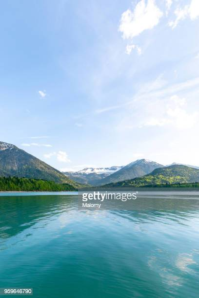 Turquoise lake in front of mountains. Germany, Bavaria, Lake Sylvenstein. Karwendel in the background