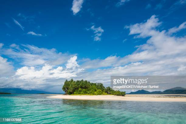 turquoise water and white sand beach, white island, buka, bougainville, papua new guinea - bougainville stock photos and pictures