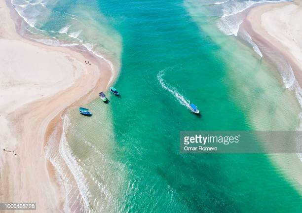 turquoise water - central america stock pictures, royalty-free photos & images