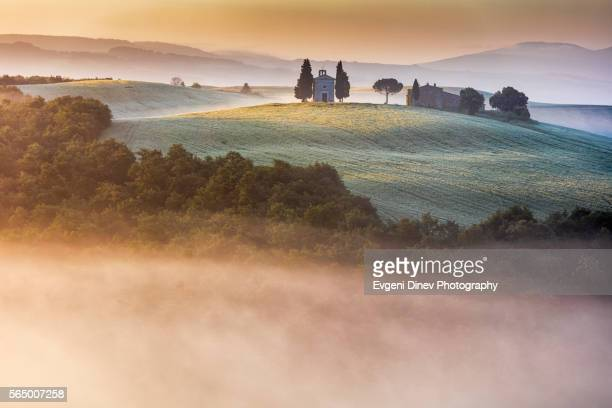 tuscany at may - san quirico d'orcia stock pictures, royalty-free photos & images