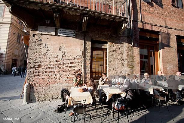 タスカニーレストラン」 - fotofojanini ストックフォトと画像