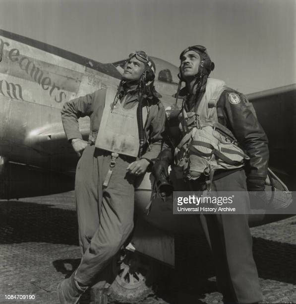 Tuskegee Airmen, Col Benjamin O Davis, Commanding Officer, 332nd Fighter Group, Class 42-C left, Edward C Gleed, Toni Frissell, March 1945.