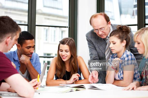 Nachhilfelehrer led-study group