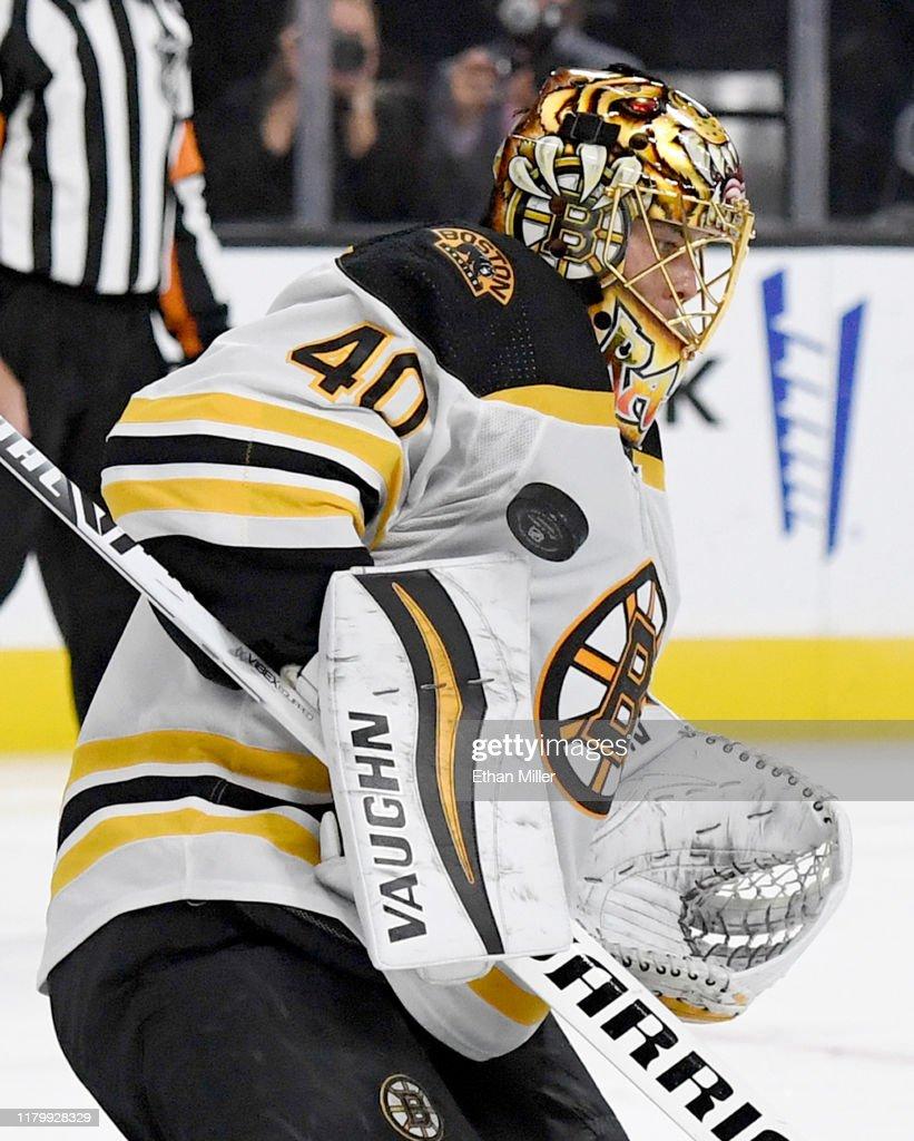 Boston Bruins v Vegas Golden Knights : Fotografía de noticias