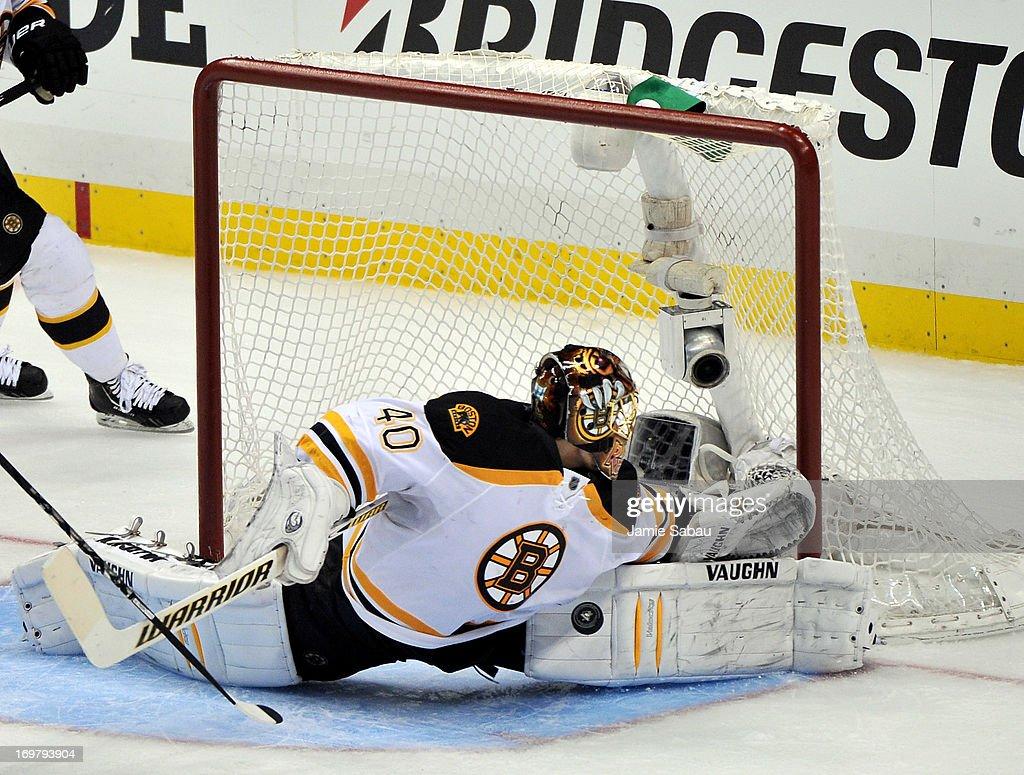 Boston Bruins v Pittsburgh Penguins - Game One : News Photo