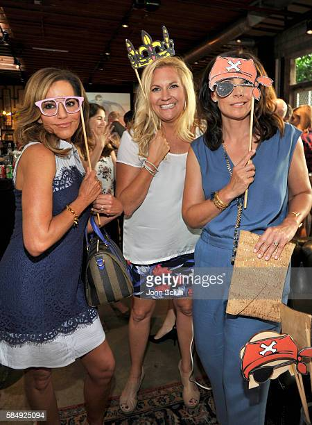 Tv host Robin Meade VP of HLN Programming Stephanie Todd and tv host Erica Hill attend the TCA Turner Summer Press Tour Dinner at SmogShoppe on July...
