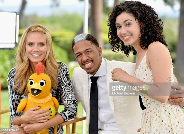 Tv personalities Heidi Klum Nick Cannon and actress Carly Ciarrocchi attend NBCUniversal's Summer Press Day at Langham Hotel on April 8 2014 in...