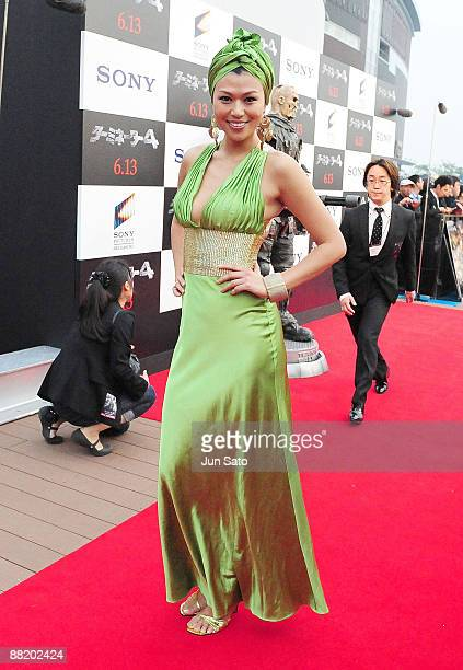 Tv personality Akiko Chubachi attends the 'Terminator Salvation' Japan Premiere at Lalaport Toyosu on June 4 2009 in Tokyo Japan The film will open...