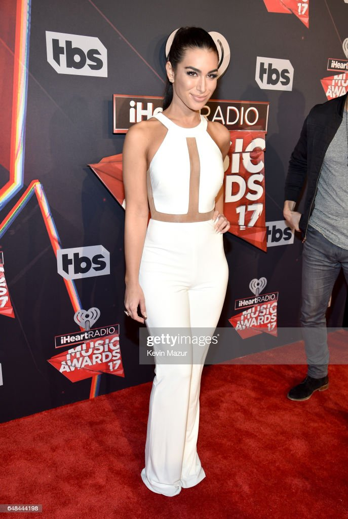 Tv personality Ashley Iaconetti attends the 2017 iHeartRadio Music Awards which broadcast live on Turner's TBS, TNT, and truTV at The Forum on March 5, 2017 in Inglewood, California.