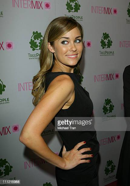 Tv personality Lauren Conrad arrives at the Intermix Boutique store opening at the Intermix Boutique store on September 25 2007 in West Hollywood...