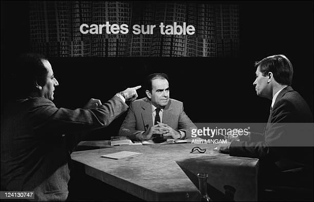 Tv program 'Cartes sur table' with GMarchais ADuhamel and J P Elkabbach in Paris France on March 23 1981
