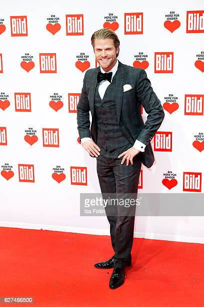 Bachelor Paul Jahnke attends the Ein Herz Fuer Kinder gala on December 3 2016 in Berlin Germany