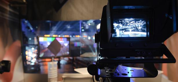 TV-Studio 157481330