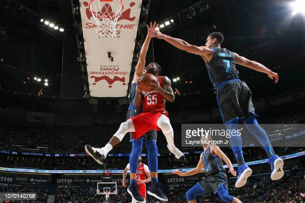 Twaun Moore of the New Orleans Pelicans drives to the basket during the game against the Dallas Mavericks on December 5 2018 at the Smoothie King...