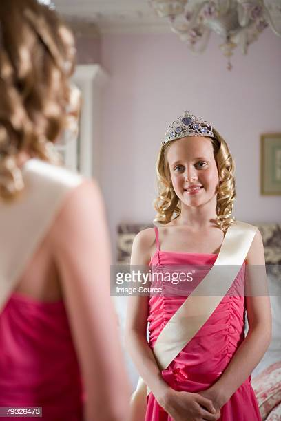 tween beauty queen - beauty contest stock pictures, royalty-free photos & images