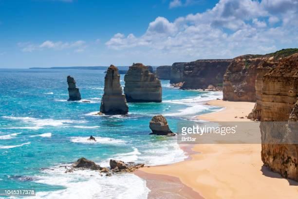 zwölf apostel, great ocean road, victoria, south australia - südaustralien stock-fotos und bilder