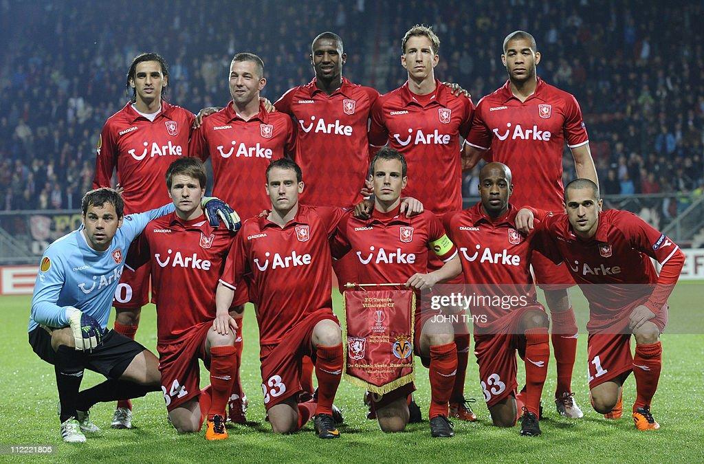 Twente's team (L-R first row) Sander Bos : News Photo