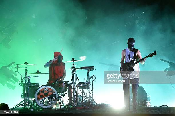 Twenty One Pilots perform onstage at the 2016 American Music Awards at Microsoft Theater on November 20 2016 in Los Angeles California